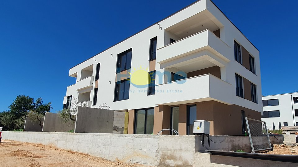 Istra - Novigrad, new luxurious completely furnished appartment 1 km from the beach