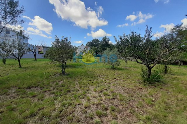 Land, 500 m2, For Sale, Poreč - Žbandaj