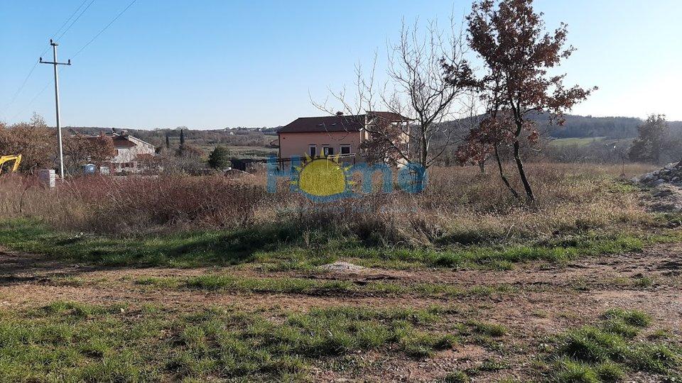 Poreč, Vrvari - building land