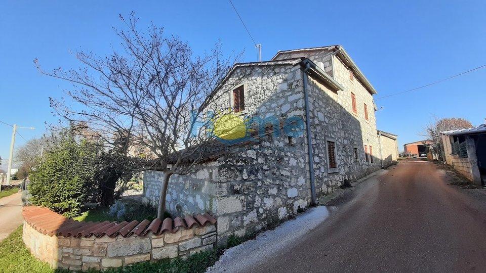 Casa, 160 m2, Vendita, Višnjan