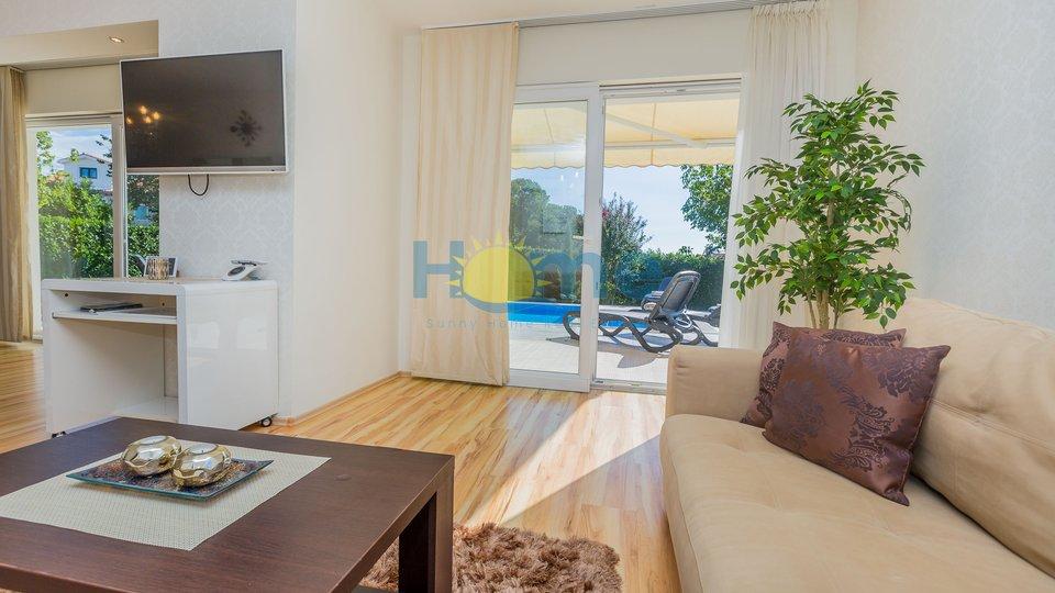 Haus, 263 m2, Verkauf, Poreč