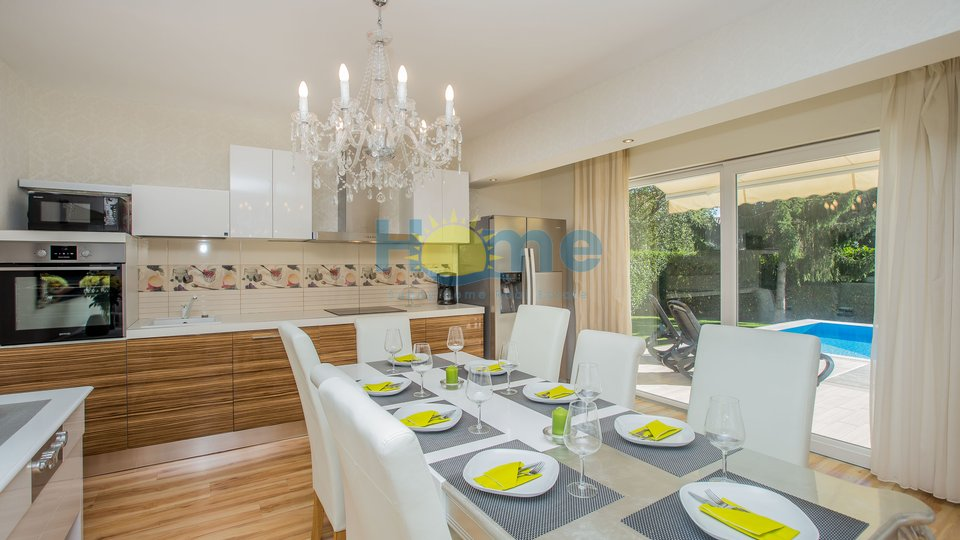 Istra - Poreč, prekrasna luksuzna vila s bazenom na 1500 m od mora