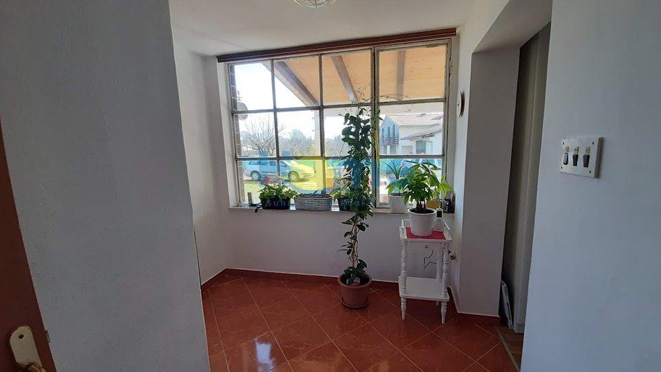 House, 120 m2, For Sale, Poreč
