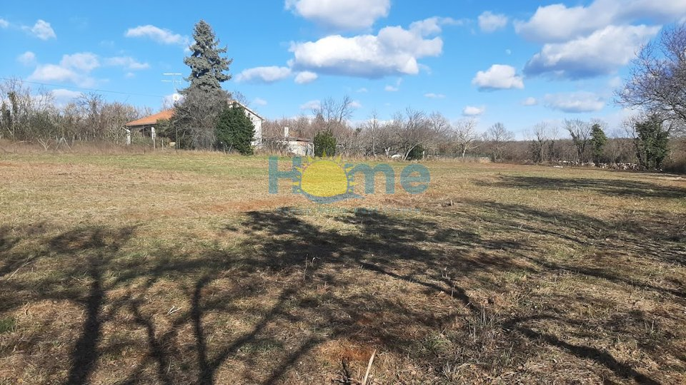 Land, 930 m2, For Sale, Višnjan