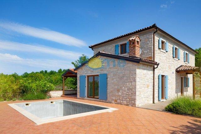 Casa, 140 m2, Vendita, Poreč