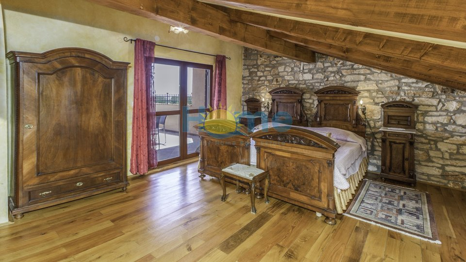 Haus, 210 m2, Verkauf, Vabriga