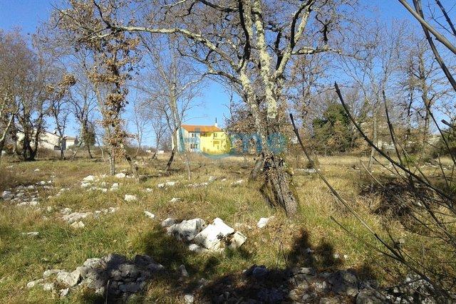 Istra, Sveti Lovreč - građevinsko zemljište na mirnoj lokaciji